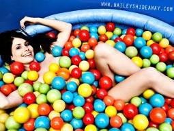Haileys Hideaway : Balls